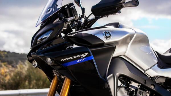 2021-Yamaha-MT09TRGT-EU-Detail-006-03_Mobile.jpg